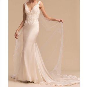 BHLDN Oceana Embroidered Wedding Dress with train!